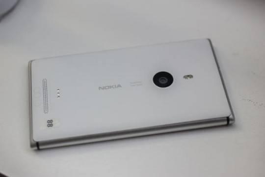 lumia-02