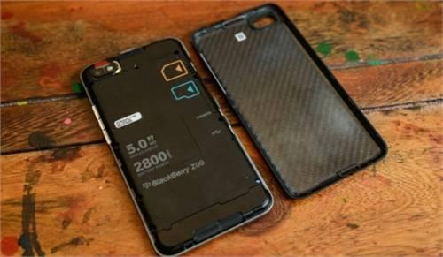 BlackBerry Z30 2(1)