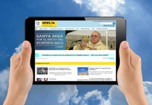Papa Francisco Facebook 2 (500x200)